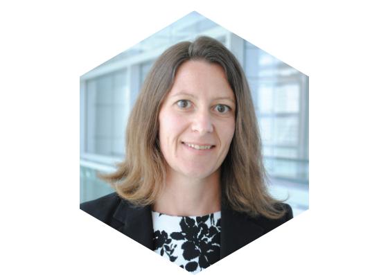 Céline Palhol, Administratrice Miel Montréal, maîtrise en finance